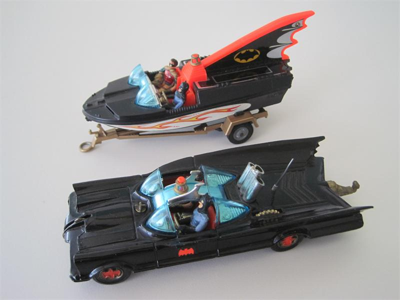 1960s corgi toys batmobile with glastron batboat and trailer