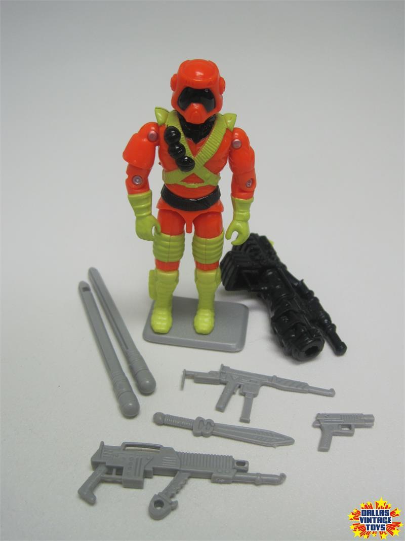 G I JOE BODY PART 1994 Ice Cream soldier  Left Arm    C8.5 Very Good