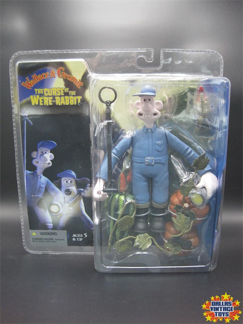 2005 Mcfarlane Toys Wallace Gromit The Curse Of The Were Rabbit Wallace W Evil Gnome 1a